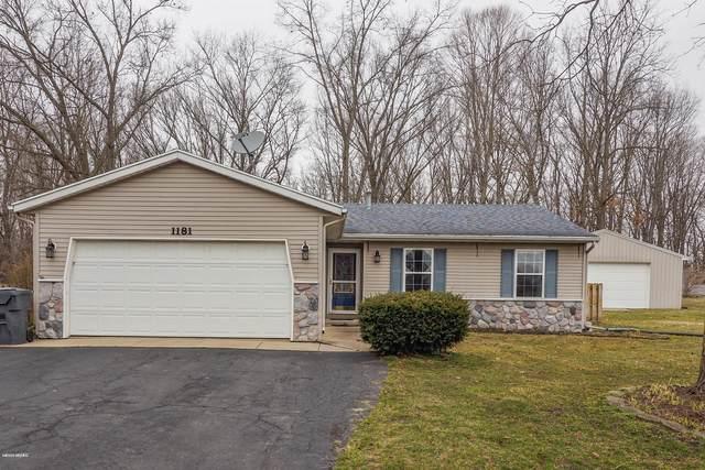 1181 106th Avenue, Plainwell, MI 49080 (MLS #20010936) :: Matt Mulder Home Selling Team