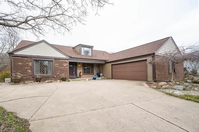 1346 Merry Brook Drive, Kalamazoo, MI 49048 (MLS #20011030) :: JH Realty Partners