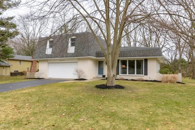 8397 Warbler Drive, Kalamazoo, MI 49009 (MLS #20011032) :: Matt Mulder Home Selling Team
