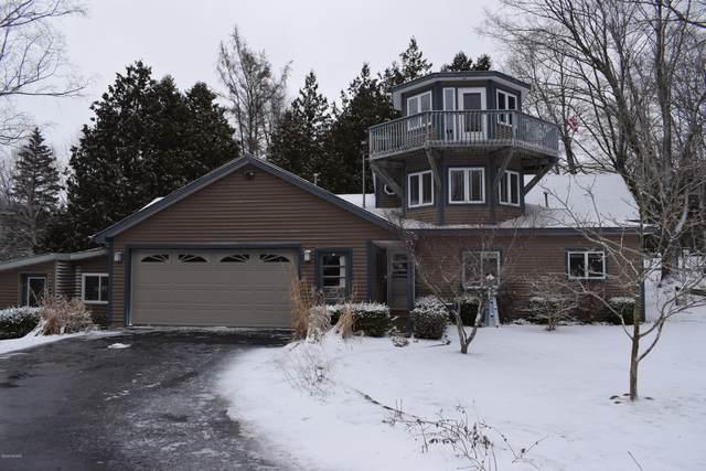 2972 13 Mile Road, Bear Lake, MI 49614 (MLS #20011087) :: Matt Mulder Home Selling Team