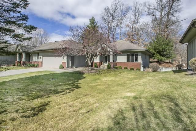 6371 Thornhills Court SE #46, Grand Rapids, MI 49546 (MLS #20011317) :: JH Realty Partners