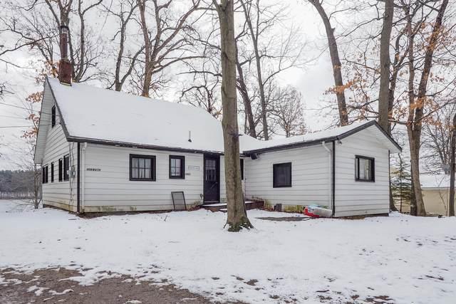 12452 N Sherman Lake Drive, Augusta, MI 49012 (MLS #20011450) :: Matt Mulder Home Selling Team