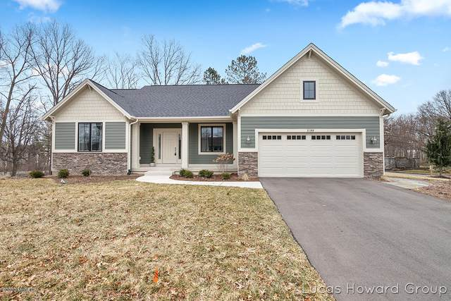 5199 N Quail Crest Drive SE, Grand Rapids, MI 49546 (MLS #20011463) :: JH Realty Partners