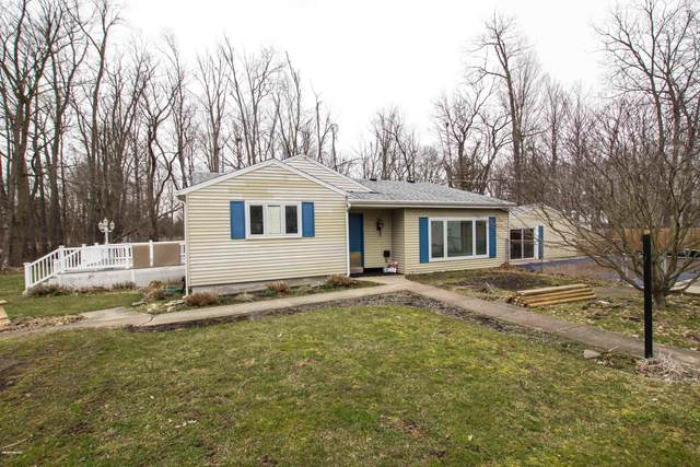 22370 Maple Street, Cassopolis, MI 49031 (MLS #20011522) :: Jennifer Lane-Alwan