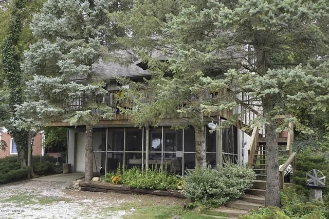32468 Chamberlin Drive, Lawton, MI 49065 (MLS #20011648) :: Matt Mulder Home Selling Team