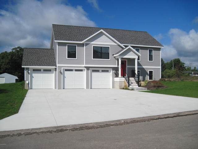 9339 Pauline Street, Montague, MI 49437 (MLS #20011680) :: JH Realty Partners