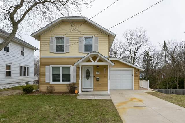 108 N Wabash Avenue, Battle Creek, MI 49017 (MLS #20011836) :: Matt Mulder Home Selling Team