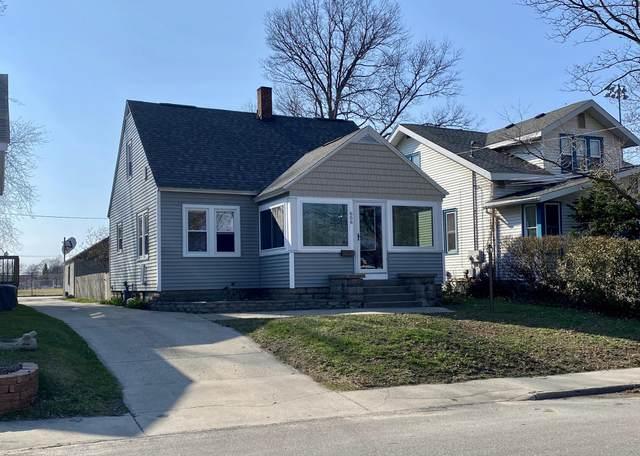 656 Washington Avenue, Holland, MI 49423 (MLS #20012145) :: Matt Mulder Home Selling Team