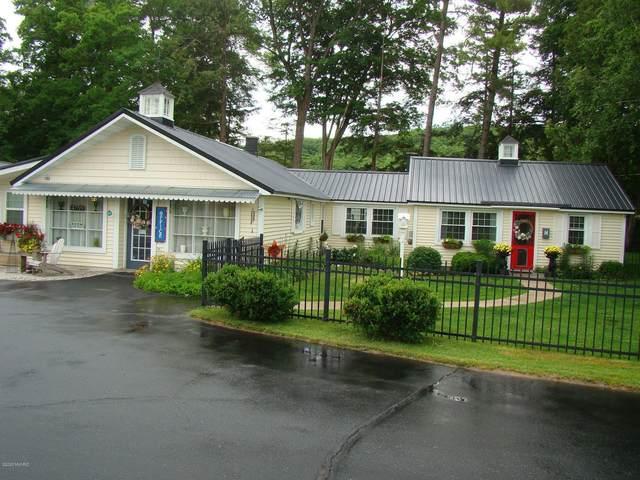 4759 S Croton Hardy Drive, Newaygo, MI 49337 (MLS #20012947) :: Jennifer Lane-Alwan