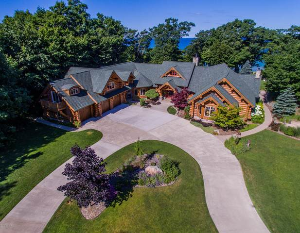 9351 S Indian Hills Road, Montague, MI 49437 (MLS #20013025) :: JH Realty Partners
