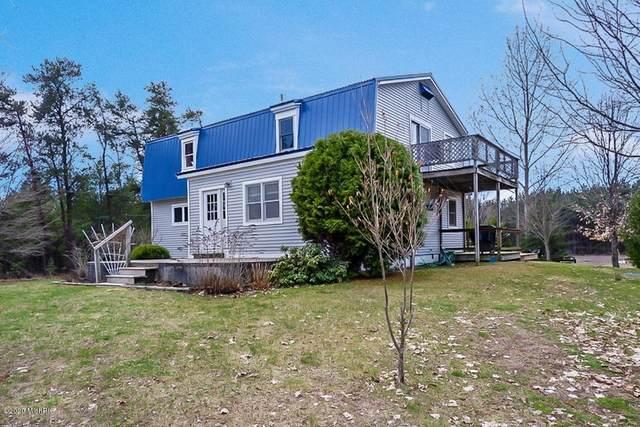 232 S Pioneer Road, Benzonia, MI 49616 (MLS #20013076) :: Deb Stevenson Group - Greenridge Realty