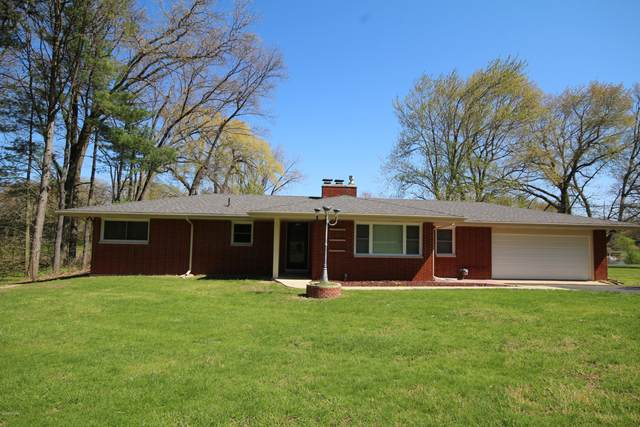 4717 Fishing Pole Lane, Vicksburg, MI 49097 (MLS #20014839) :: Keller Williams Realty | Kalamazoo Market Center