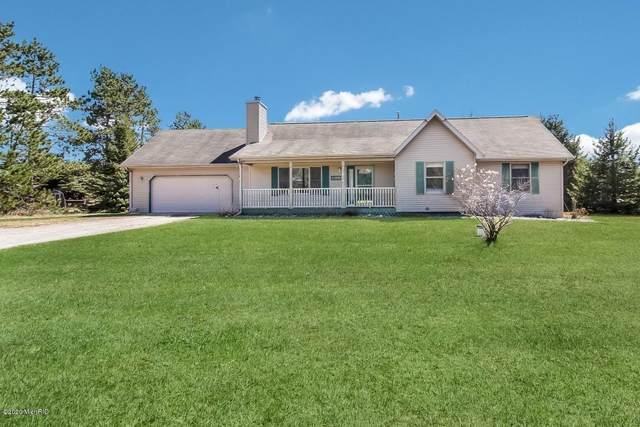 12219 Homestead Road, Beulah, MI 49617 (MLS #20015234) :: Deb Stevenson Group - Greenridge Realty