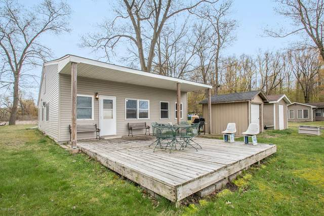 60858 Lilly Lake Drive, Jones, MI 49061 (MLS #20015791) :: Jennifer Lane-Alwan