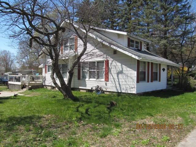 381 N Michigan Avenue, Shelby, MI 49455 (MLS #20016097) :: Jennifer Lane-Alwan