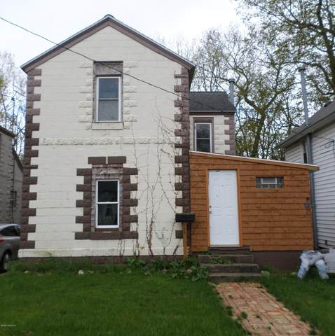 430 E Division Street, Dowagiac, MI 49047 (MLS #20016250) :: CENTURY 21 C. Howard