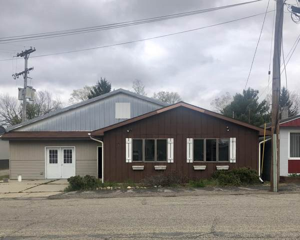 118 W Main Street, North Adams, MI 49262 (MLS #20016362) :: Jennifer Lane-Alwan