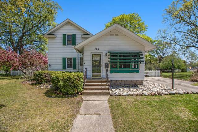 426 Moccasin Street, Buchanan, MI 49107 (MLS #20016518) :: Deb Stevenson Group - Greenridge Realty
