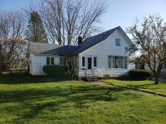 123 W State Street, Scottville, MI 49454 (MLS #20016713) :: Deb Stevenson Group - Greenridge Realty