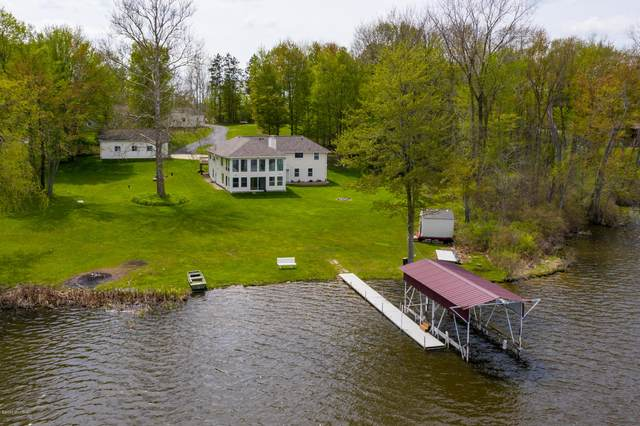 75 M-40, Gobles, MI 49055 (MLS #20016870) :: Deb Stevenson Group - Greenridge Realty