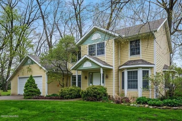 2957 White Oaks Ridge, Buchanan, MI 49107 (MLS #20017180) :: Ginger Baxter Group