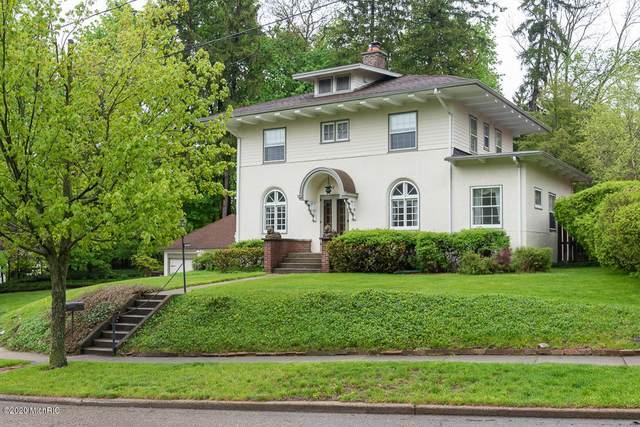1518 Spruce Drive, Kalamazoo, MI 49008 (MLS #20017226) :: Jennifer Lane-Alwan
