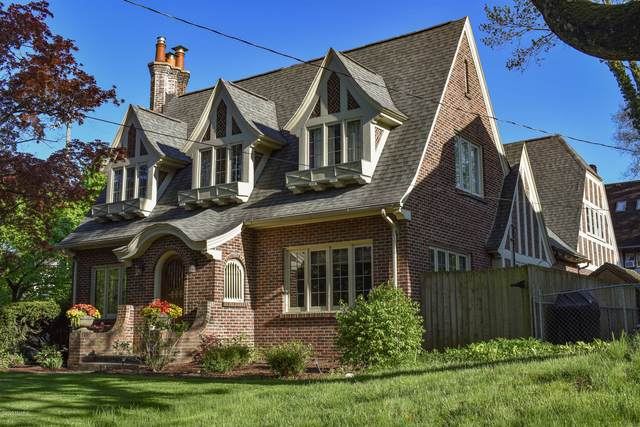 1942 Sherman Street SE, East Grand Rapids, MI 49506 (MLS #20017549) :: JH Realty Partners