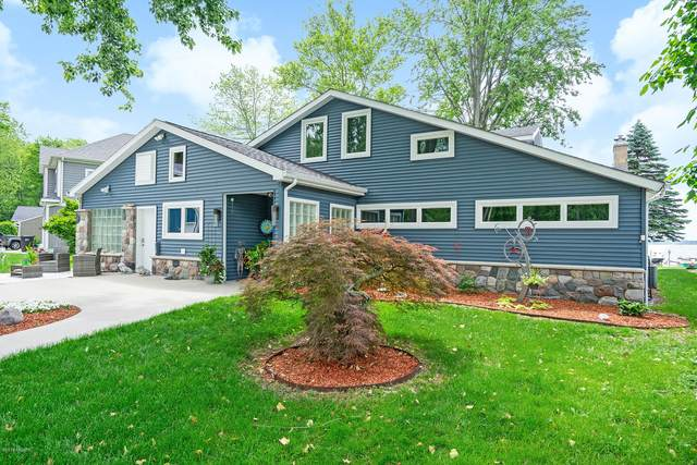 11299 Oakleigh Drive, Middleville, MI 49333 (MLS #20017785) :: Keller Williams Realty | Kalamazoo Market Center