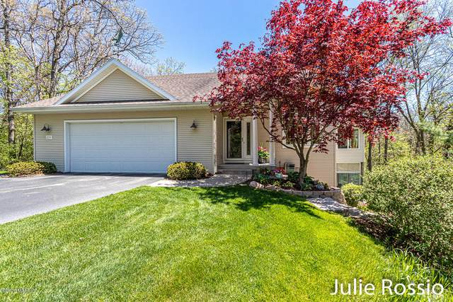 2224 Northridge Drive NE, Grand Rapids, MI 49525 (MLS #20017844) :: JH Realty Partners
