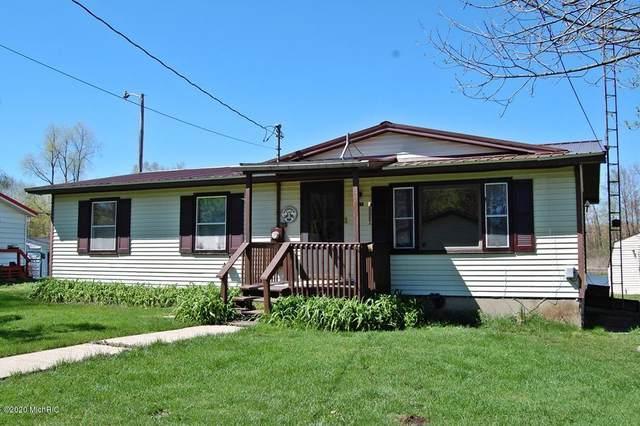 5367 Birch Island Drive, Barryton, MI 49305 (MLS #20018025) :: Jennifer Lane-Alwan