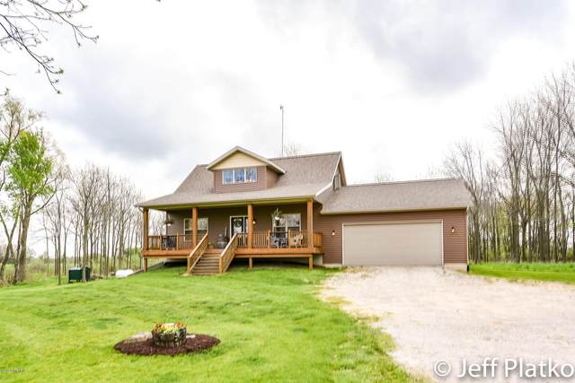 2717 Berridge Road, Sidney, MI 48885 (MLS #20018158) :: JH Realty Partners