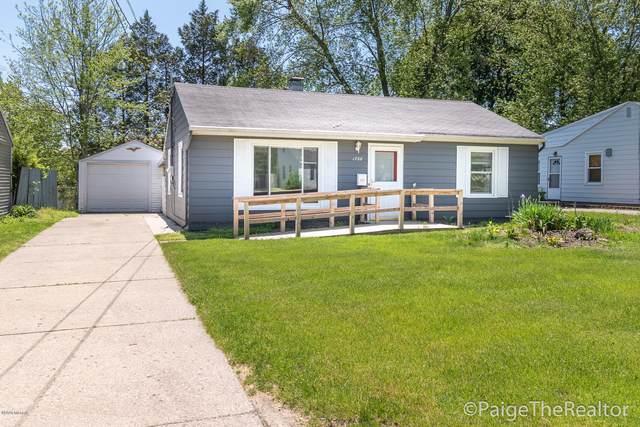 1728 Mason Street NE, Grand Rapids, MI 49503 (MLS #20018325) :: CENTURY 21 C. Howard
