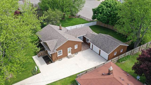 1848 Plymouth Avenue SE, Grand Rapids, MI 49506 (MLS #20018349) :: JH Realty Partners