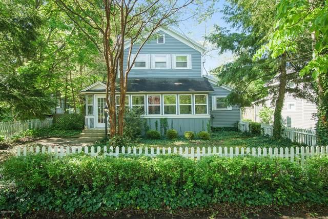 233 Francis Street, Saugatuck, MI 49453 (MLS #20018408) :: Deb Stevenson Group - Greenridge Realty