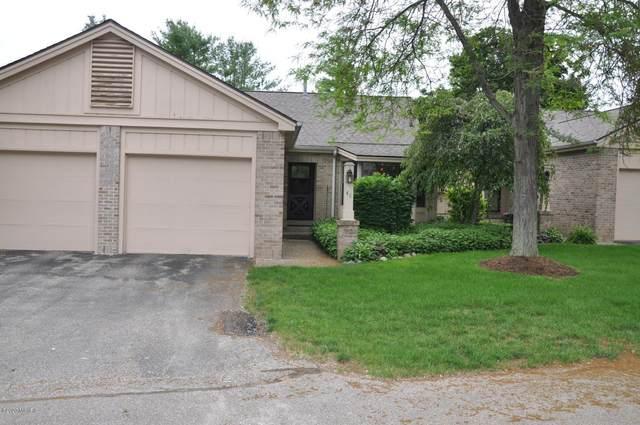 48 Skyline Circle NW, Grand Rapids, MI 49504 (MLS #20018410) :: JH Realty Partners