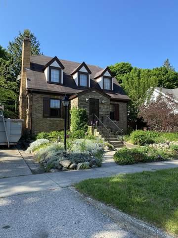 1053 W Forest Avenue, Muskegon, MI 49441 (MLS #20018678) :: Deb Stevenson Group - Greenridge Realty