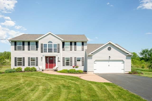 11401 Dicarlo Drive, Grand Rapids, MI 49534 (MLS #20018764) :: Deb Stevenson Group - Greenridge Realty