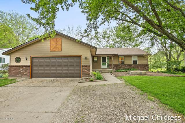 6033 Samrick Avenue NE, Belmont, MI 49306 (MLS #20018934) :: Ginger Baxter Group