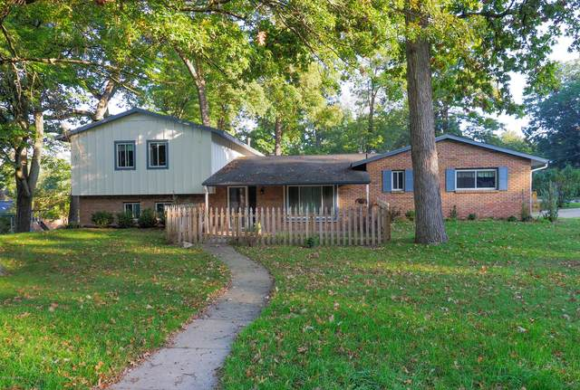 7634 Hampton Oaks Drive, Portage, MI 49024 (MLS #20019160) :: Keller Williams Realty | Kalamazoo Market Center