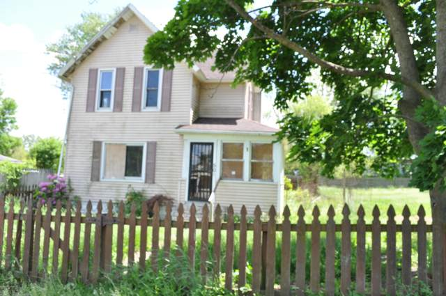 501 Upton Avenue, Springfield, MI 49037 (MLS #20019256) :: CENTURY 21 C. Howard