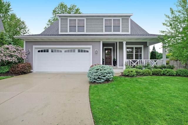 1645 Amberley Court SE, East Grand Rapids, MI 49506 (MLS #20019273) :: Ginger Baxter Group