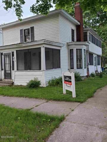 614 S Franklin Street, Greenville, MI 48838 (MLS #20019327) :: Ginger Baxter Group
