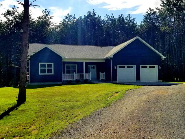 304 S Quarterline Road, Scottville, MI 49454 (MLS #20019447) :: Deb Stevenson Group - Greenridge Realty