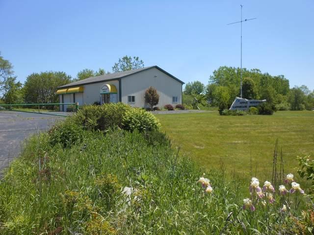 8645 Red Bud Trail, Berrien Springs, MI 49103 (MLS #20019677) :: CENTURY 21 C. Howard