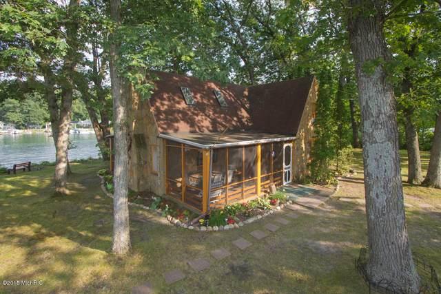 1309 W Gull Lake Drive, Richland, MI 49083 (MLS #20019757) :: CENTURY 21 C. Howard