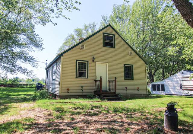425 Mayfield Road, Benton Harbor, MI 49022 (MLS #20020022) :: CENTURY 21 C. Howard