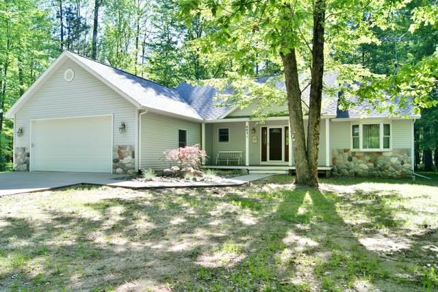 6831 White Pine Drive, Canadian Lakes, MI 49346 (MLS #20020134) :: CENTURY 21 C. Howard