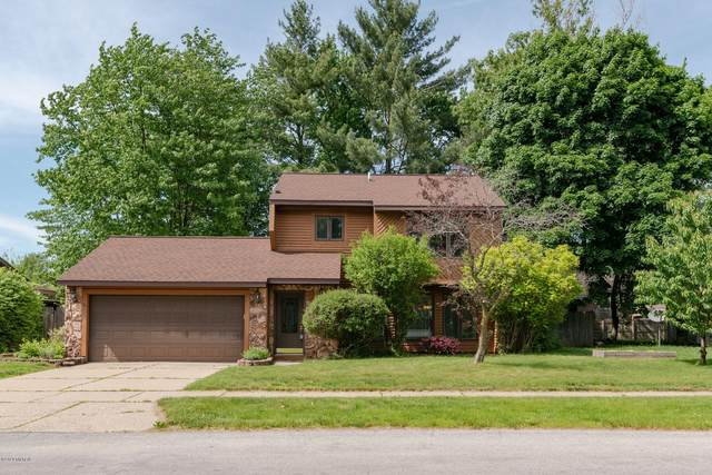 821 59th Street SE, Kentwood, MI 49508 (MLS #20020252) :: Keller Williams RiverTown