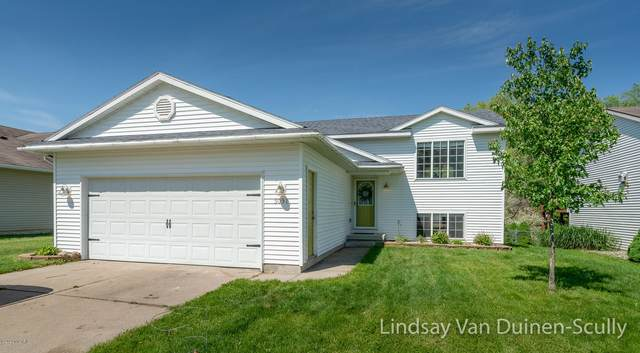 5051 Breezefield SE, Kentwood, MI 49512 (MLS #20020330) :: Keller Williams RiverTown