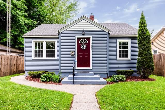 1138 Jennings Avenue, Benton Harbor, MI 49022 (MLS #20020643) :: Jennifer Lane-Alwan